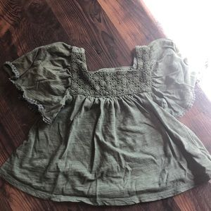Boho olive green 3T top Old Navy 🐌
